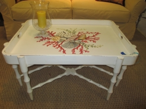 Horn Tray Table